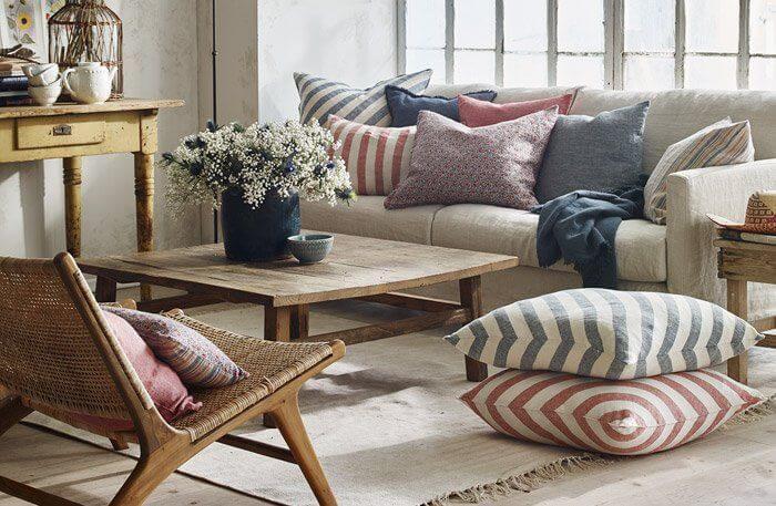 Idee per rimodernare casa dare personalit al vostro salotto con i tessili chizzocute - Come rimodernare casa ...