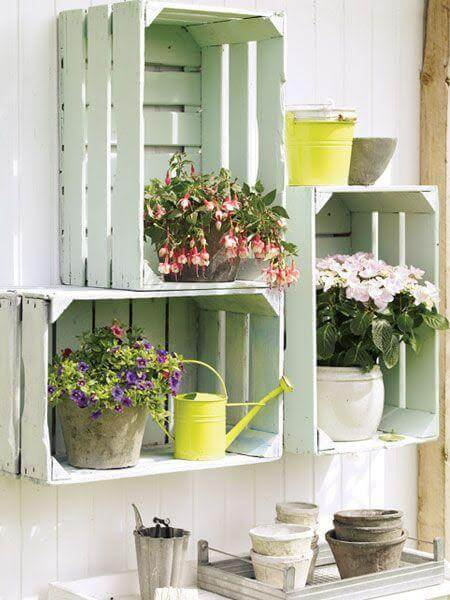 Decorare con piante e fiori in stile shabby chic idee for Decorare stanza shabby chic