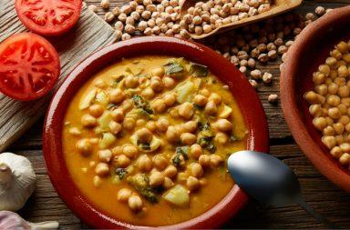 zuppa-legumi-ceci