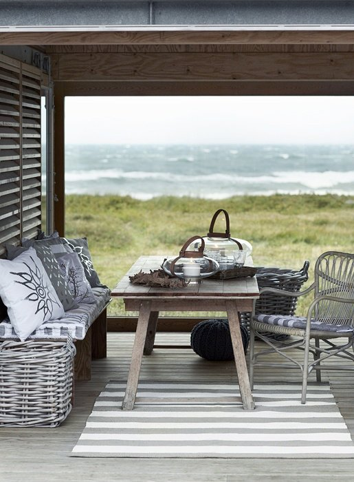outdoor forniture