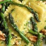 Ravioli Vegani asparagi e noci
