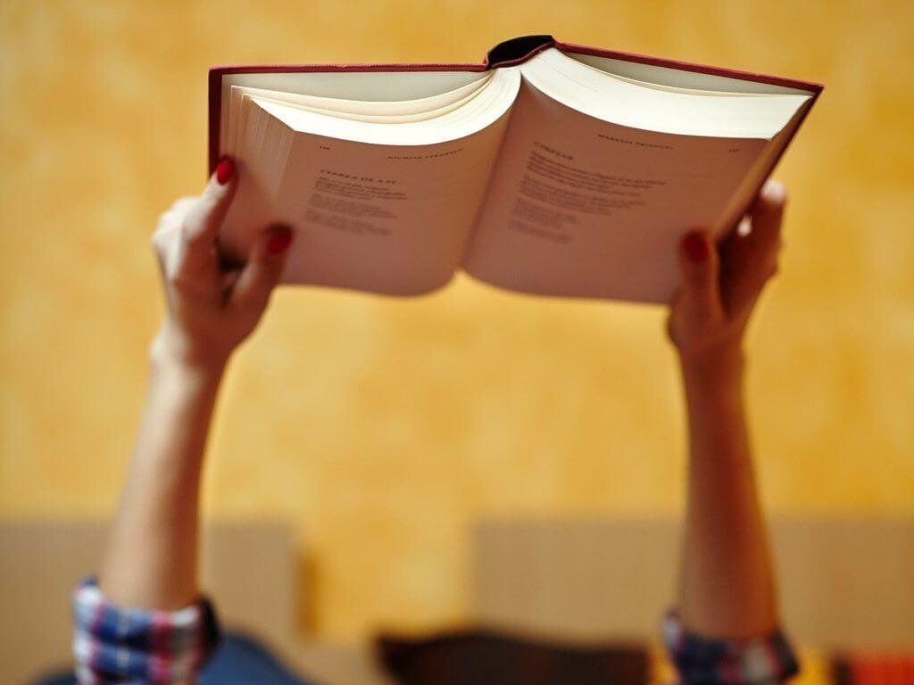8 libri da leggere a settembre chizzocute for Libri consigliati da leggere