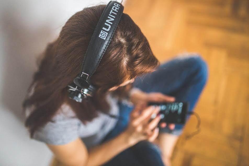 Il meraviglioso mondo degli audiolibri e 6 siti da cui scaricarli