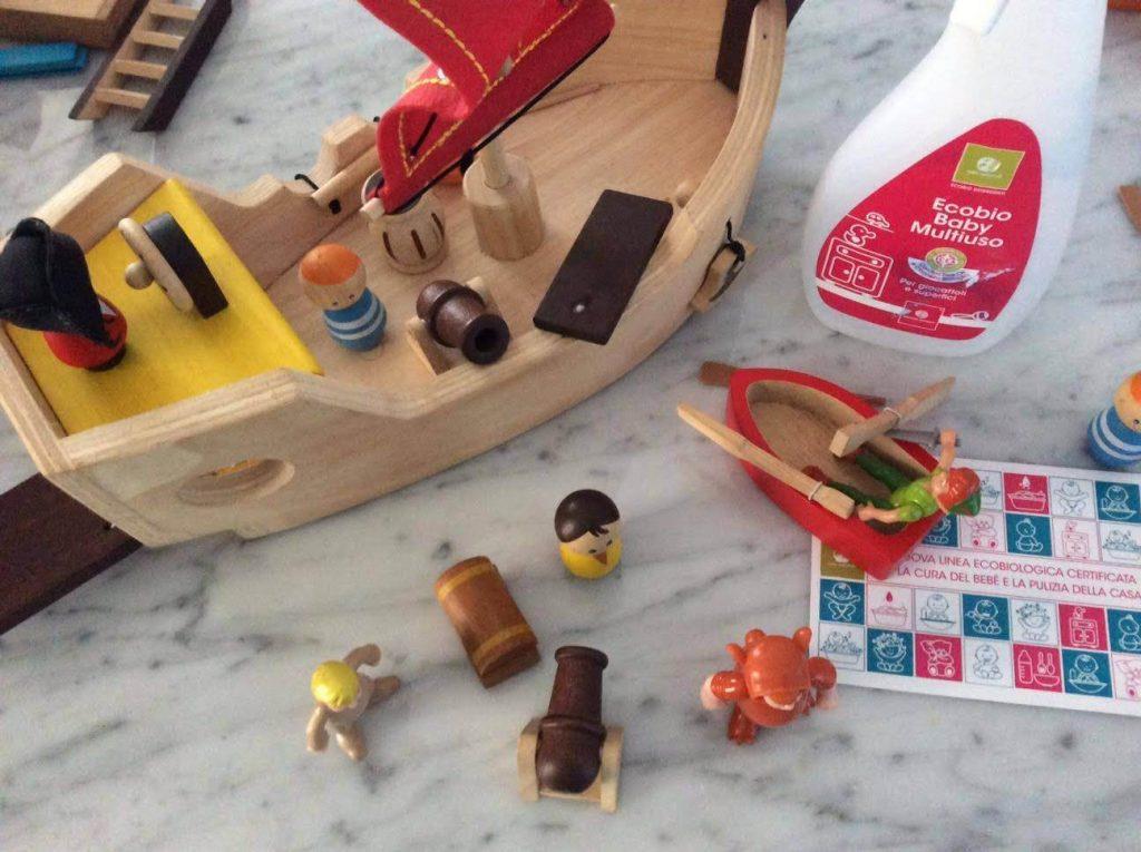 Come pulire i giocattoli dei bambini