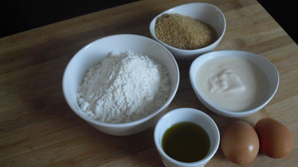ingredienti Torta allo Yogurt Cremosa