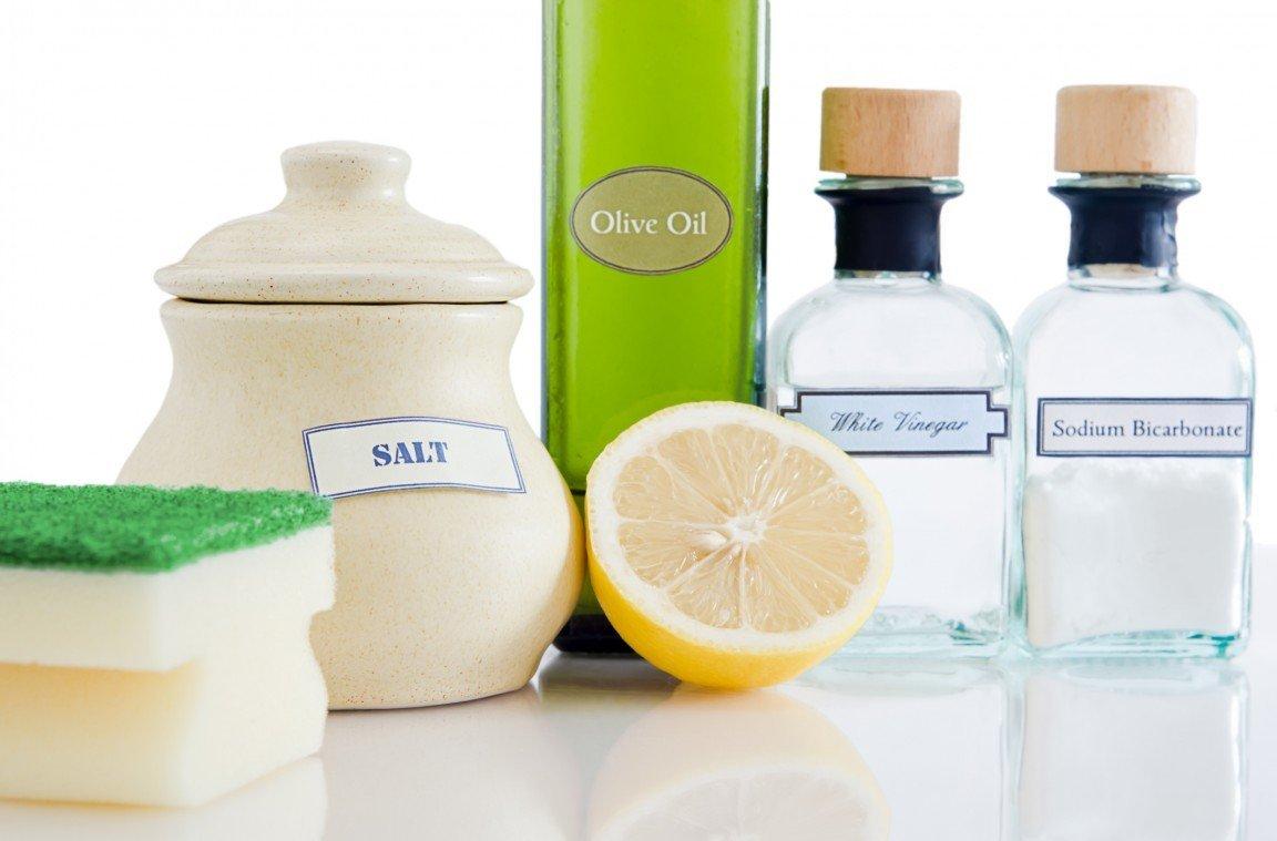 Aceto e bicarbonato per pulire i molteplici usi domestici - Pulire bagno bicarbonato ...