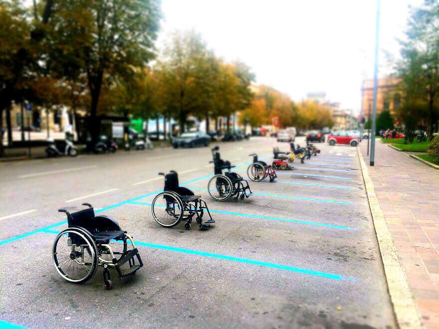 persone disabili nella società