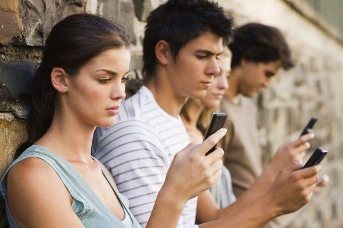 dipendenza social network
