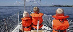 Bambini-in-barca