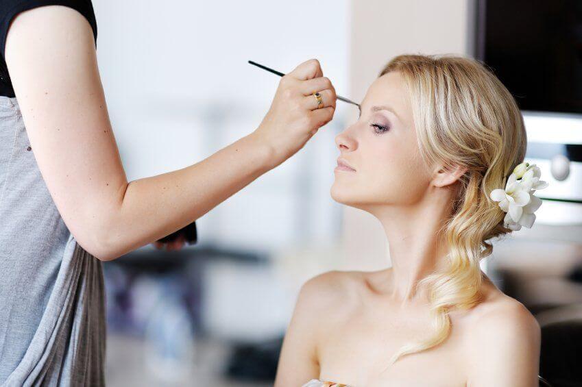 spesso Trucco Sposa: 7 regole per un make up perfetto nel giorno del tuo  XJ67