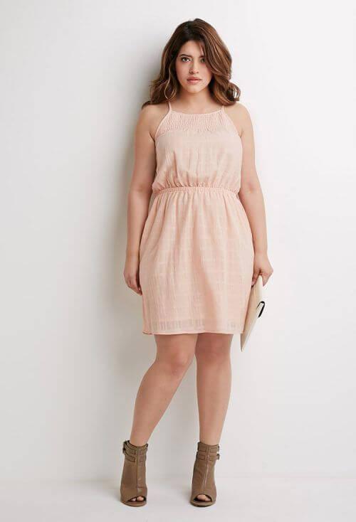 moda curvy taglie forti vestito corto