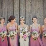 Matrimonio e damigelle d'onore adulte