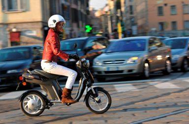moto e scooter elettrici vantaggi e svantaggi