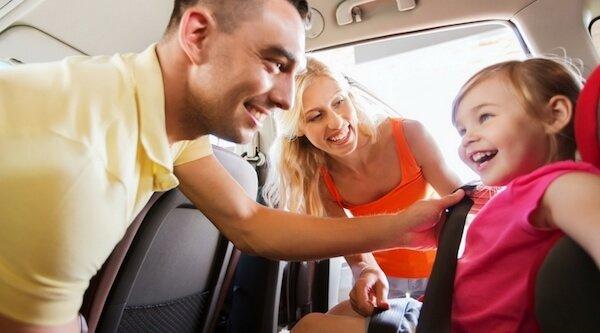 Legge sicurezza auto bambini