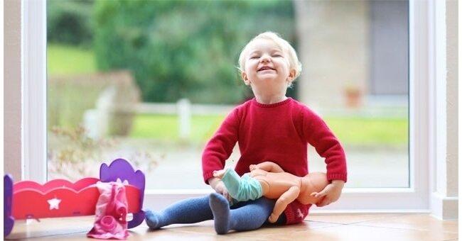 perchè mio figlio gioca con le bambole