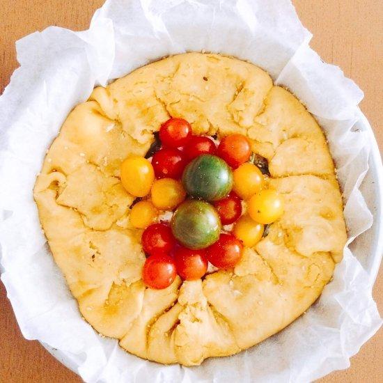 Galette farina kamut e ceci con ricotta e pomodorini