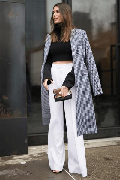 pantaloni a vita alta modello palazzo