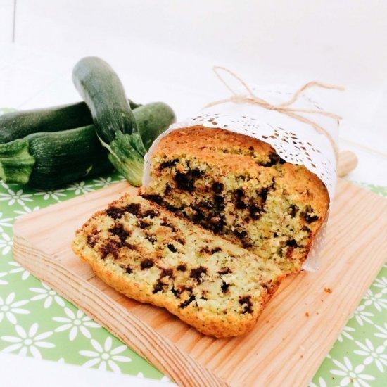 zucchini bread:morbido plumcake alle zucchine con gocce di cioccolato fondente