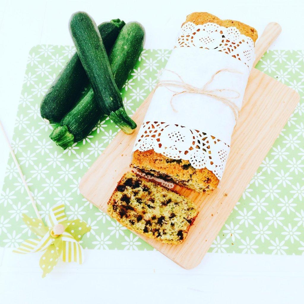 zucchini bread: dolce di zucchine con gocce di cioccolato fondente