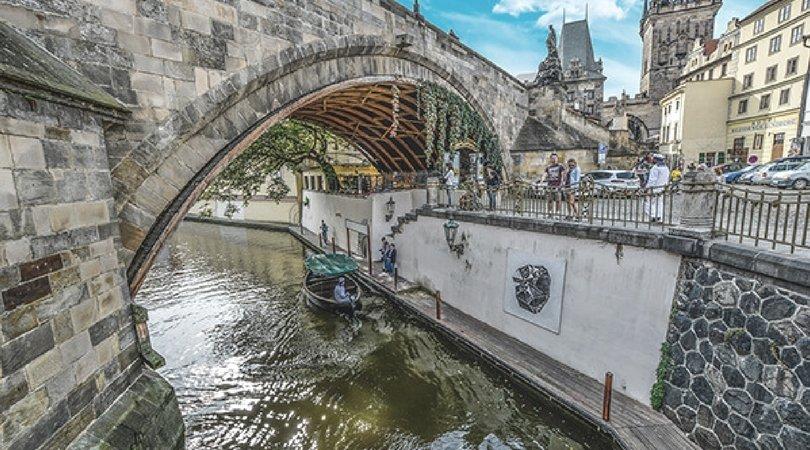 Viaggio-a-Praga-pittoreschi-canali
