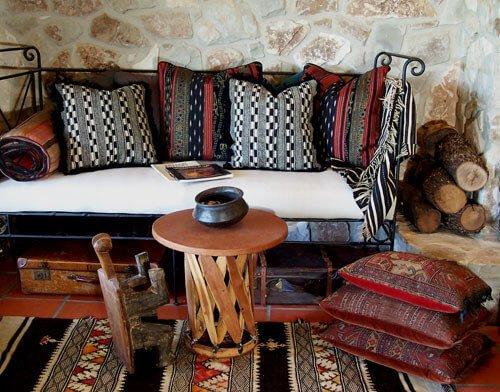 Angolo divano stile indiano
