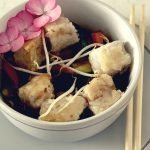 Bocconcini di merluzzo con verdure saltate e salsa Teriyaki