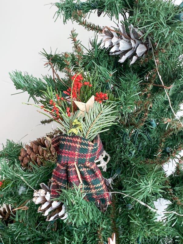 Decorazione albero natale lana fatta in casa